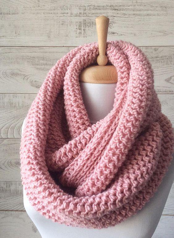 Bufandas grandes tipo cuello, de lana.