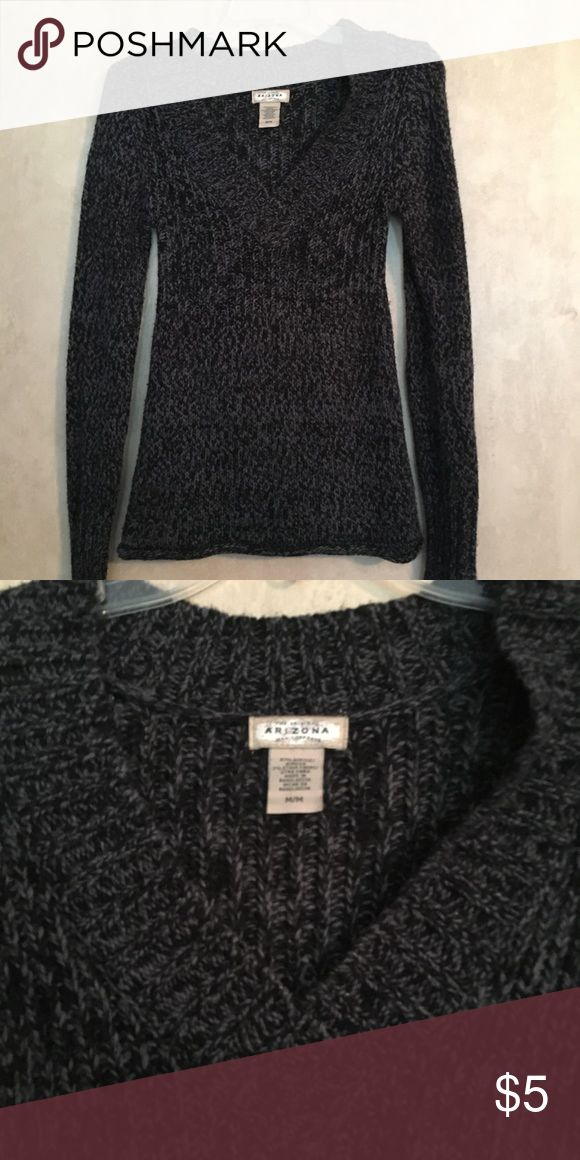 b506bc605b6d66 Arizona v neck Sweater This is a good condition Arizona sweater it has v  neck is a size medium Arizona Jean Company Sweaters V-Necks