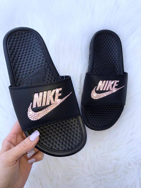 d79a8fa50049c Swarovski Nike Brand New Womens Swarovski Nike Benassi JDI