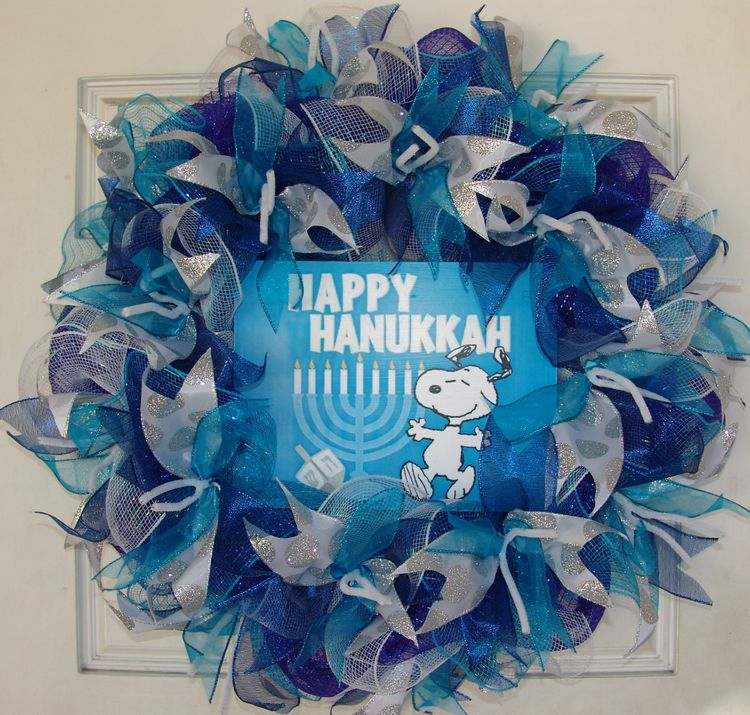 Royal Dark Blue And Teal Silver Snoopy Hanukkah Deco Mesh D