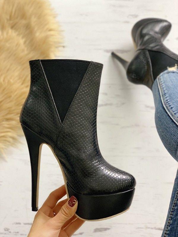 064da98ee83d Shoes