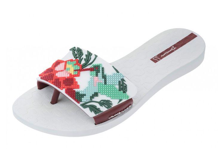 7e49daeb6c8b Ipanema Livia White Floral Flat Toe Post Sandals Flip Flops